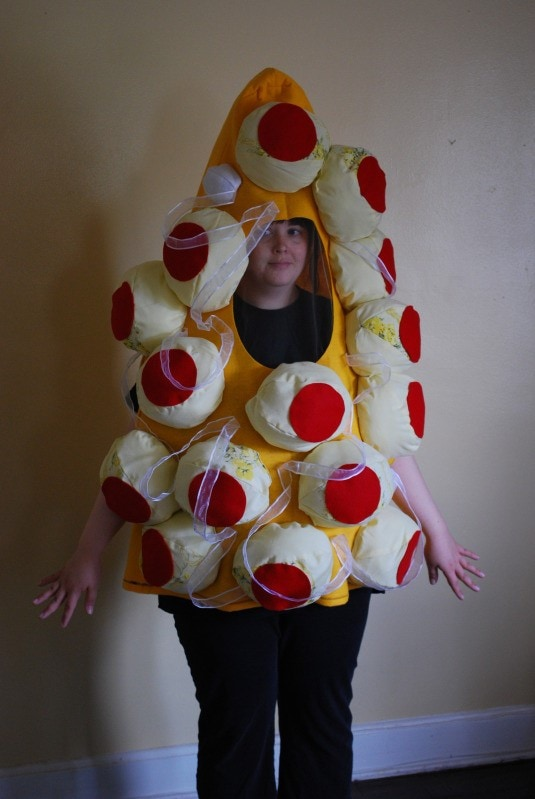 14 crazy halloween costumes