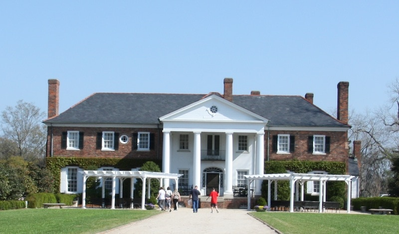 Notebook filmed at Boone Hall Plantation