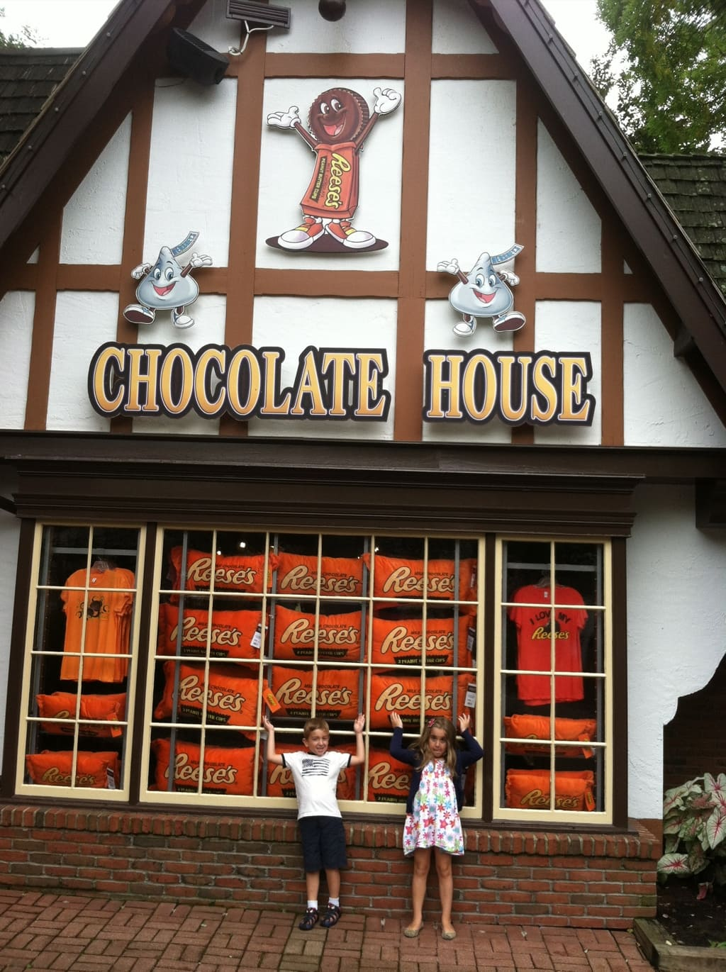 Day 1 With The Kids At Hershey Park Anyone Want Some Chocolate