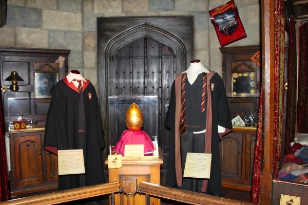 exhibit features from Harry Potter Film NYC