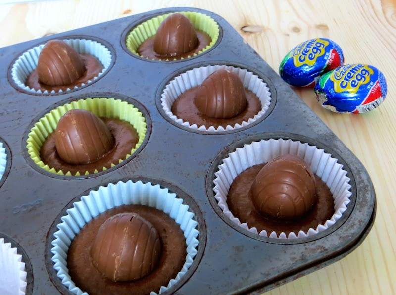 Place one Cadbury Creme Egg in the middle of a Cupcakes