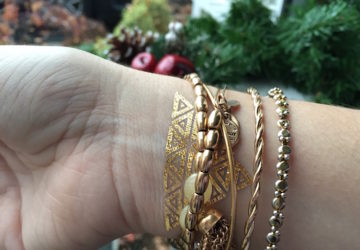 Hot Jewels: A Fun And Easy Way To Spruce Up Your Look This Holiday #HotJewels