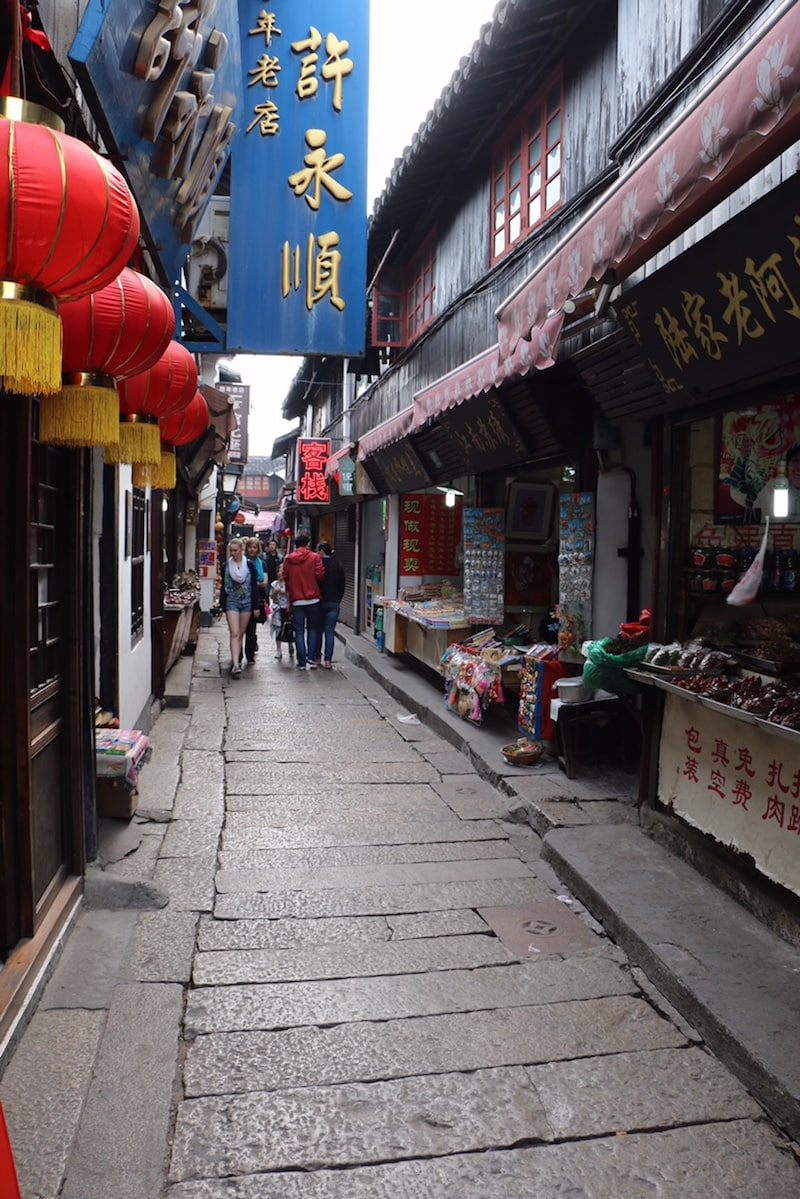 Side alley bazars in China