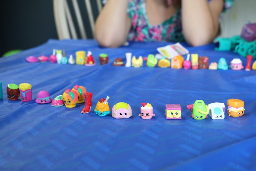 Shopkins Season 3 Party: Unboxing, Blind Bags, Trading