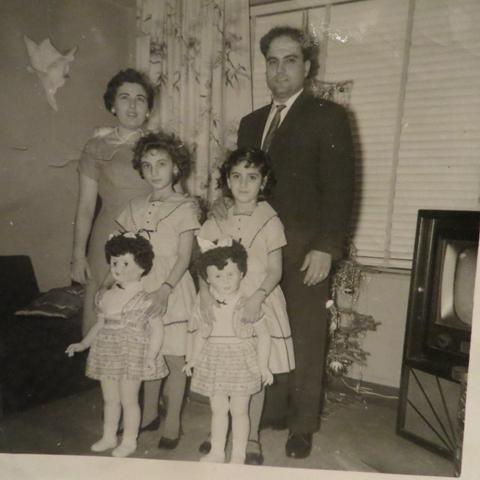 Nannu Nanna Old pic with kids