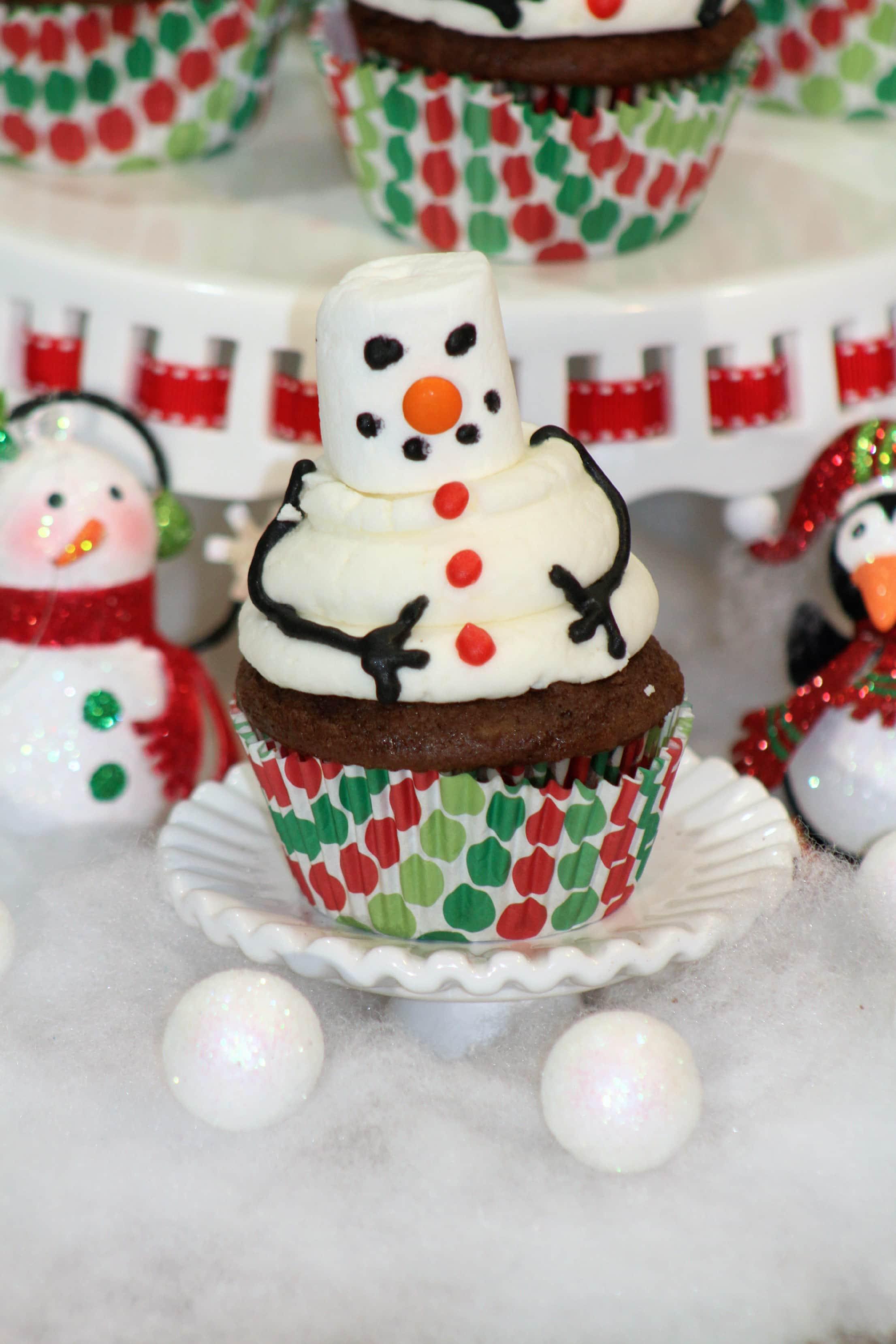 marshmallow snowman cupcakes closeup