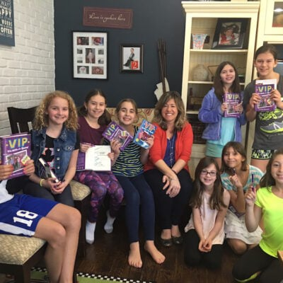 Tween Book Club Meet Up: VIP I'm With The Band By Jen Calonita