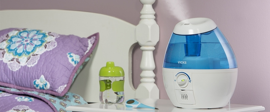 Vicks Humidifier By Bed