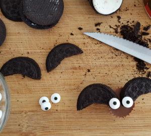Chocolate Peanut Butter Bat Bites: Easy Kids Recipe For Halloween