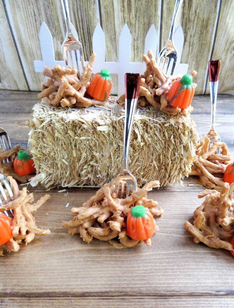 Halloween Peanut Butter Haystacks