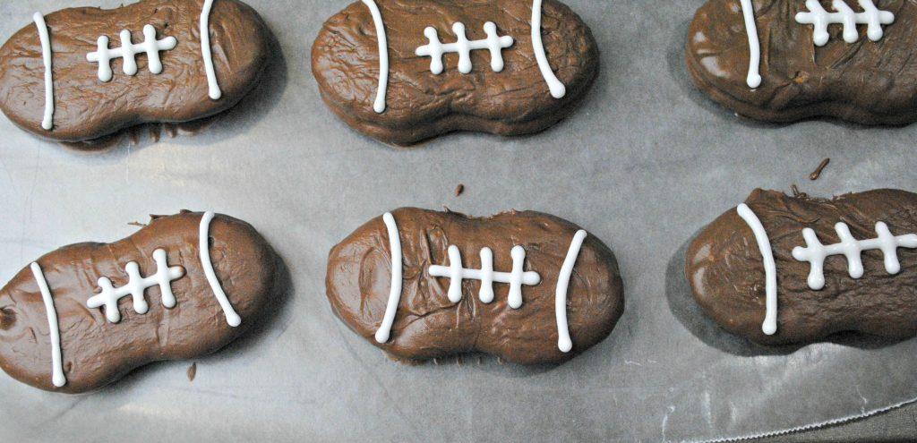 football party food - nutter butter footballs