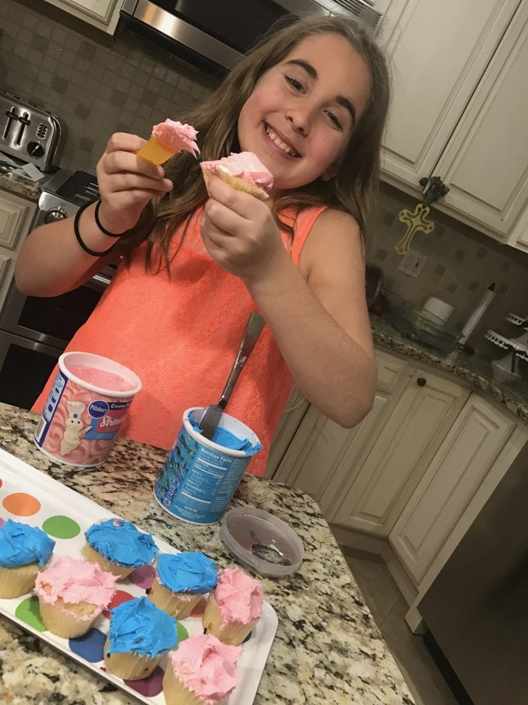 Trolls Party Ideas for kids - cupcakes