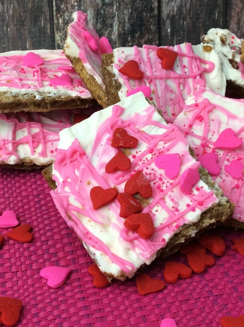 Valentines Day Candy Bark: Great Dessert Recipe For After School