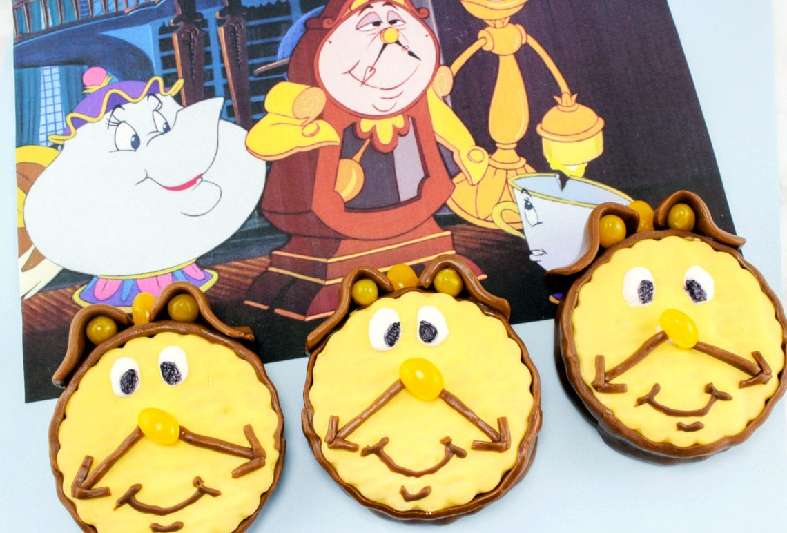 How To Make Beauty And The Beast Cupcakes: Cogsworth Design #BeOurGuestEvent