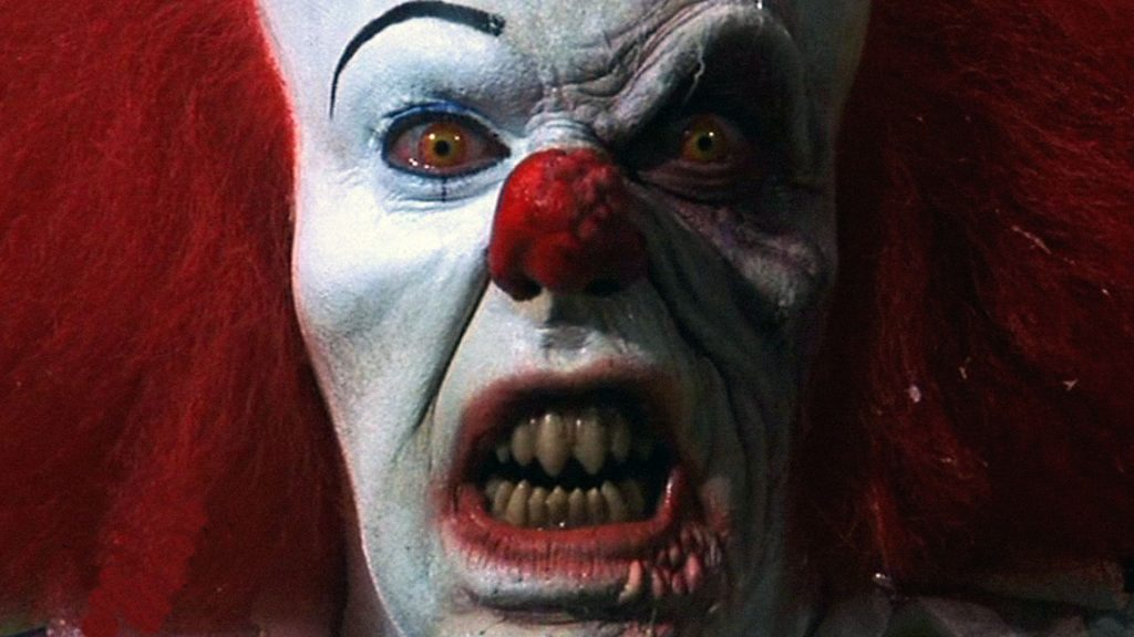 It 2017 Movie Review: Stephen King's Remake Pennywise Original