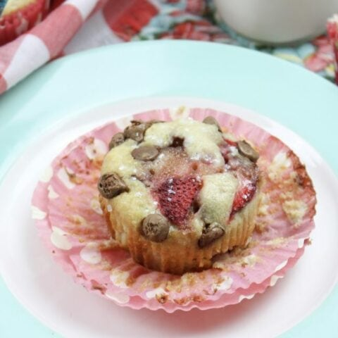Strawberry And Chocolate Chip Muffin Recipe