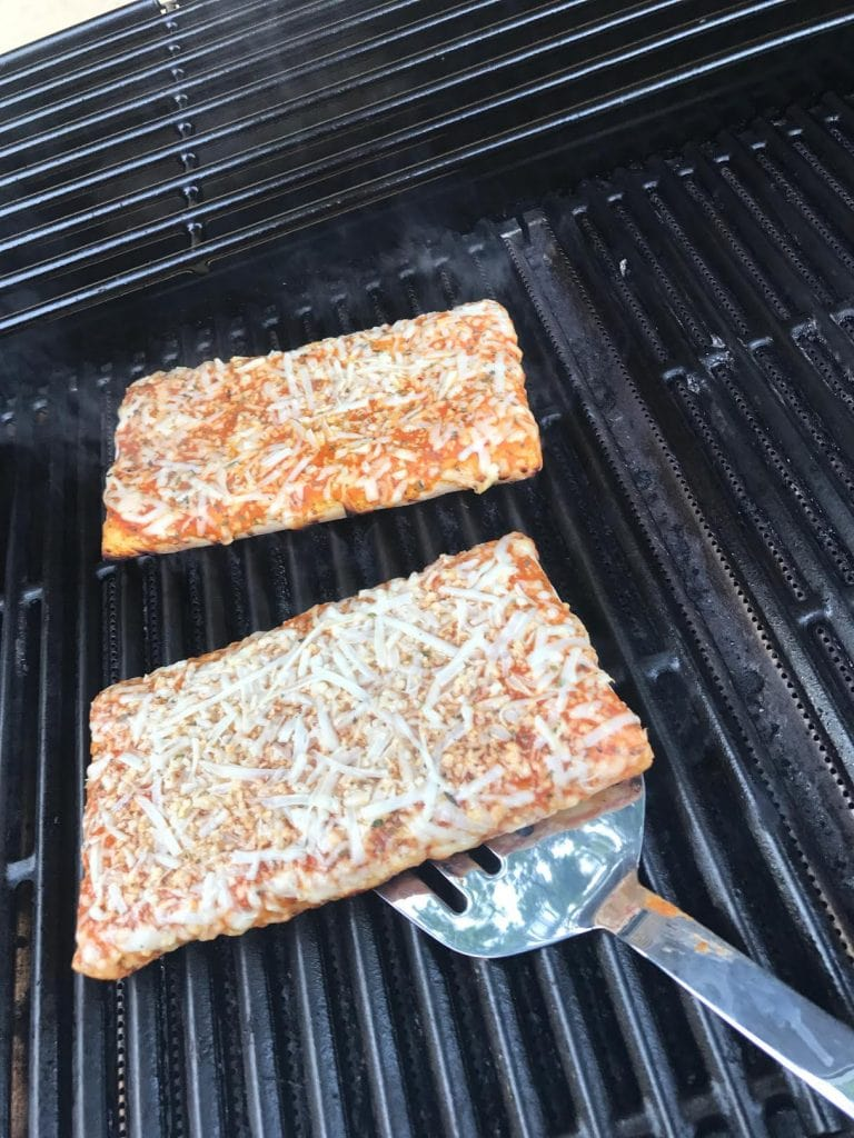grilling pizza on the bbq