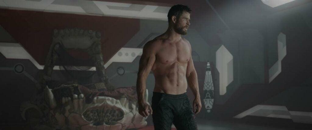 Chris Hemsworth's Shirtless Scene In Thor: Ragnarok