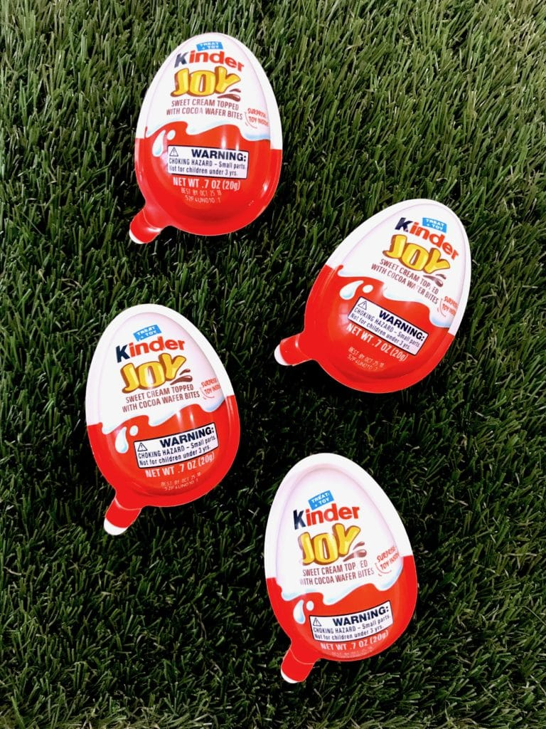 Kids playing with Kinder Joy