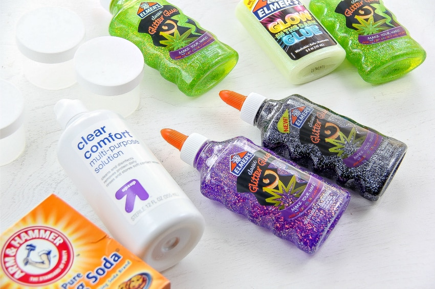 how to make slime using baking soda and glue