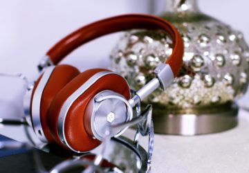 Master & Dynamic MW60S1 Over-the-Ear Wireless Headphones Review