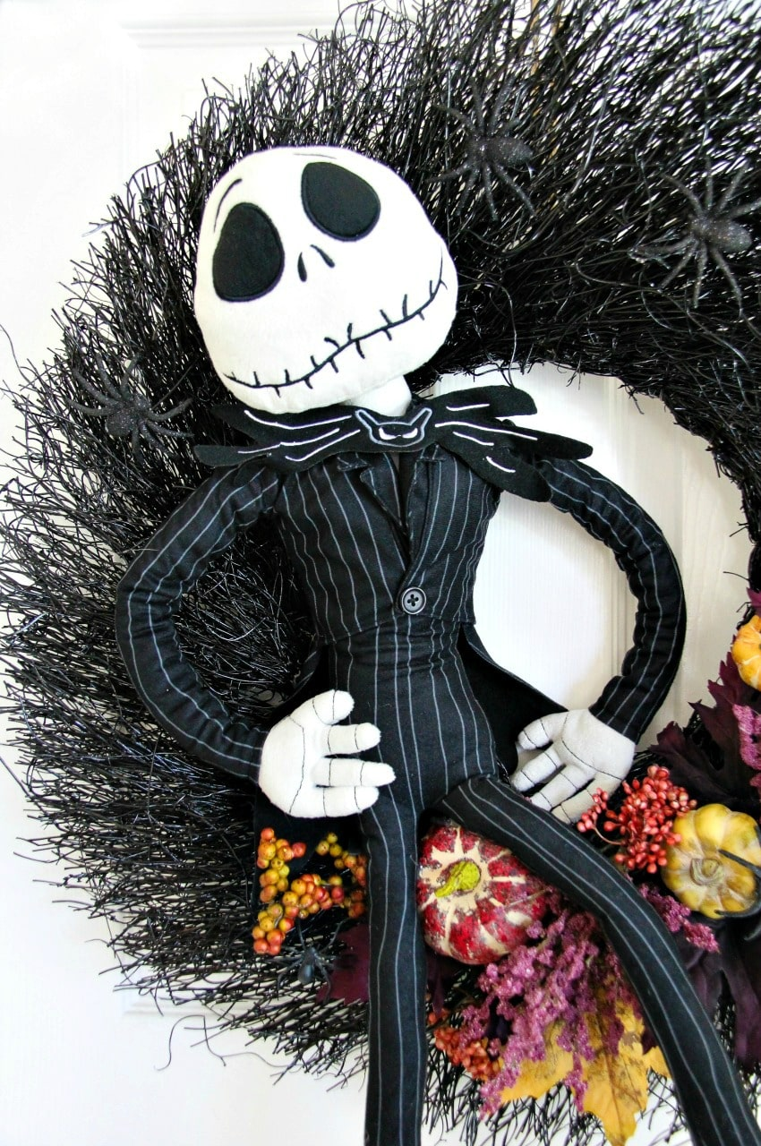 DIY Jack Skellington Nightmare Before Christmas Wreath