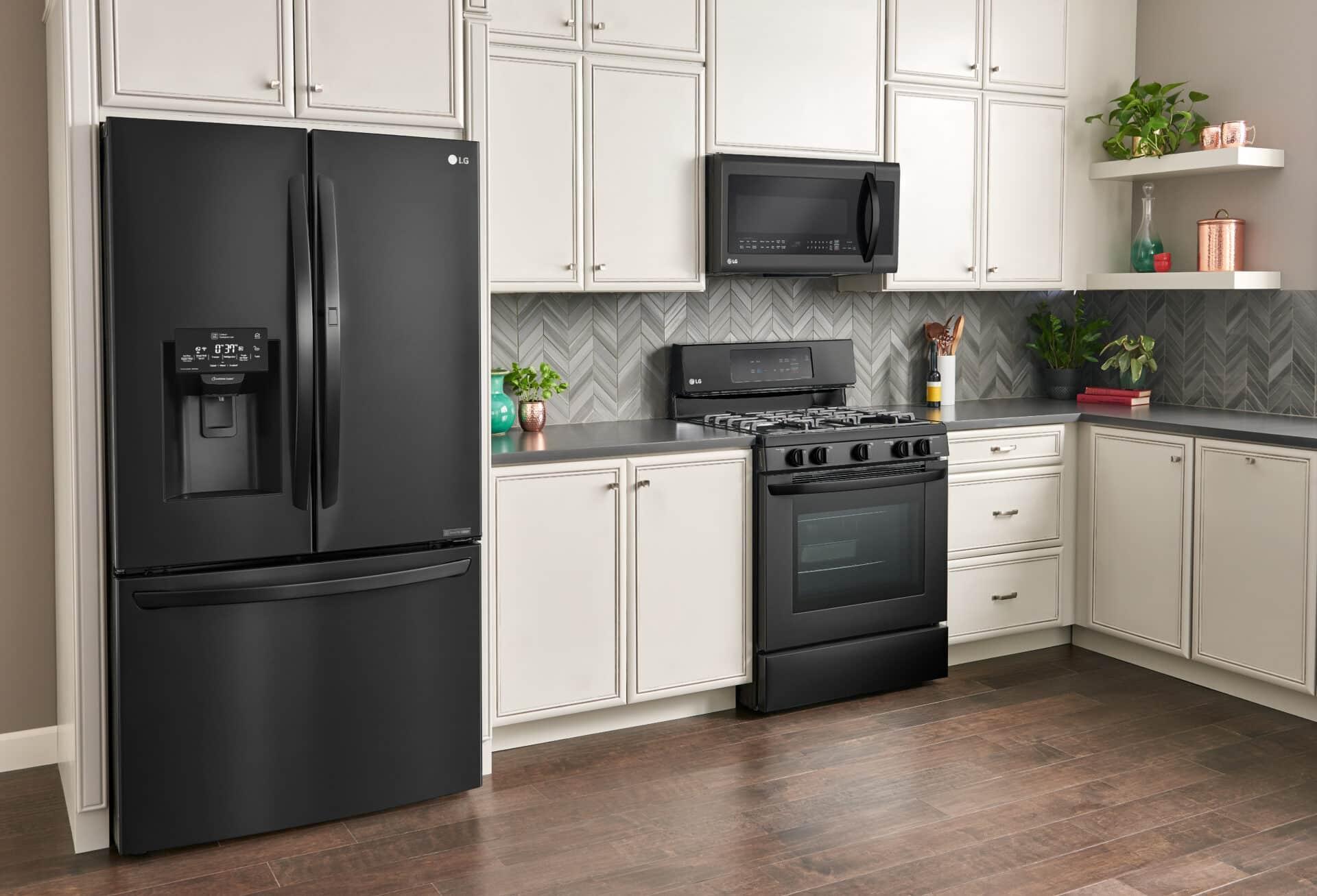 LG Matte Black Kitchen - The Sleek, Chic Kitchen Space You ...