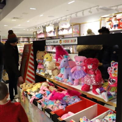 Everything You Need To Know About The New FAO Schwarz Located At Rockefeller Plaza In NYC
