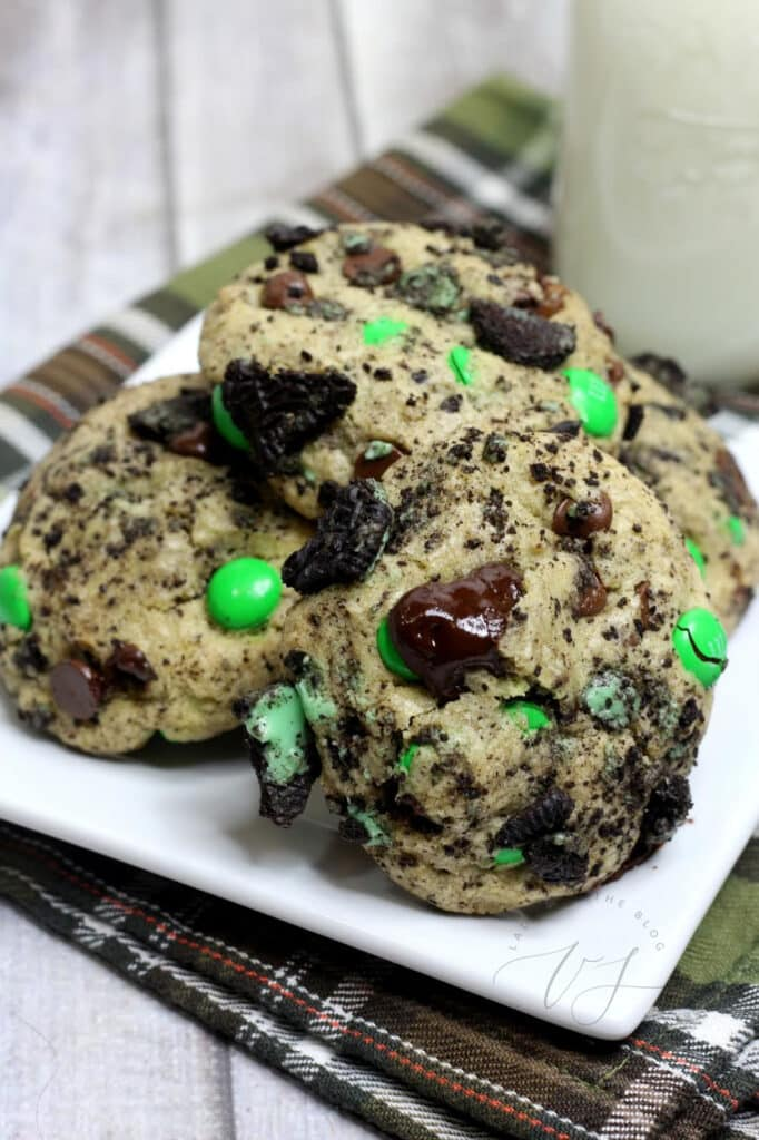 M&Ms and Oreos in a chocolate chip cookie