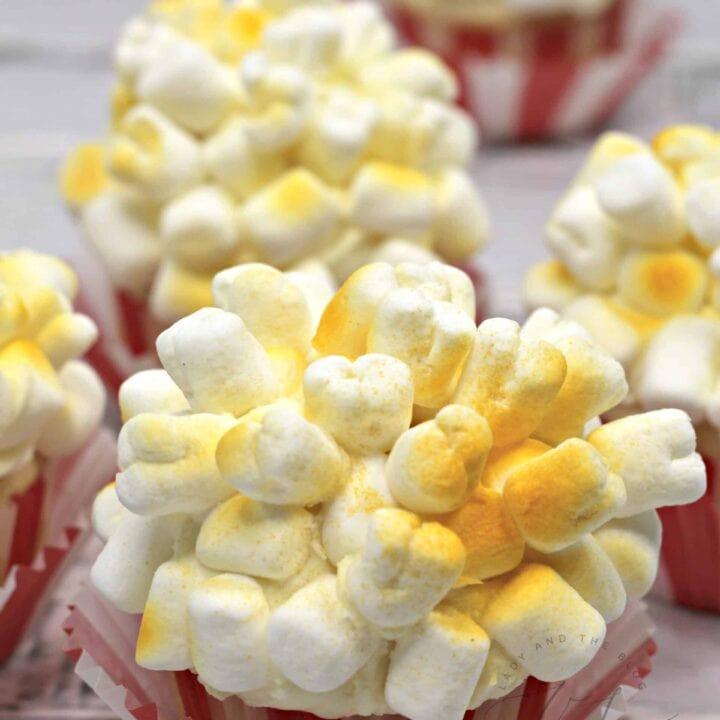 Popcorn Cupcakes To Celebrate Dumbo 2019