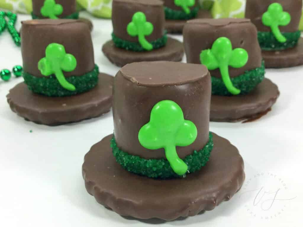 St. Patrick's Day Dessert Idea - Leprechaun Hat Treats