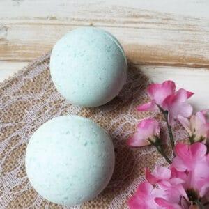 Easy DIY Bath Bomb Recipe