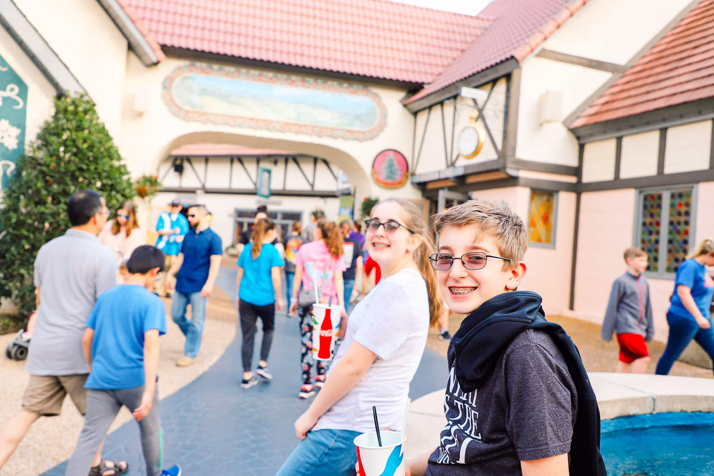 Greater williamsburg vacation ideas full travel guide - Can you bring food into busch gardens ...