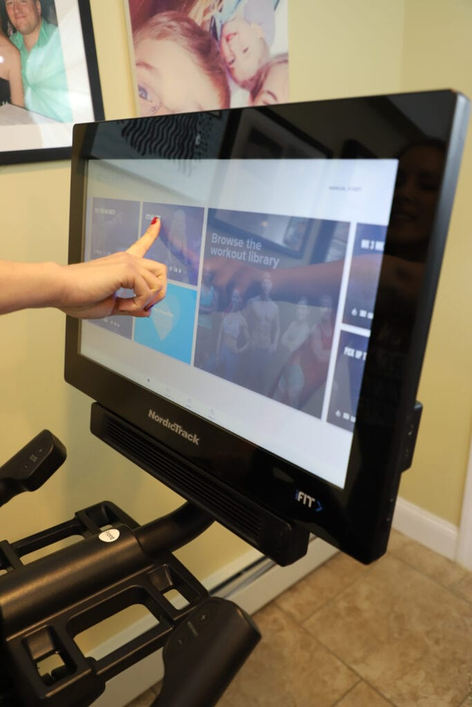 Touchscreen spin bike