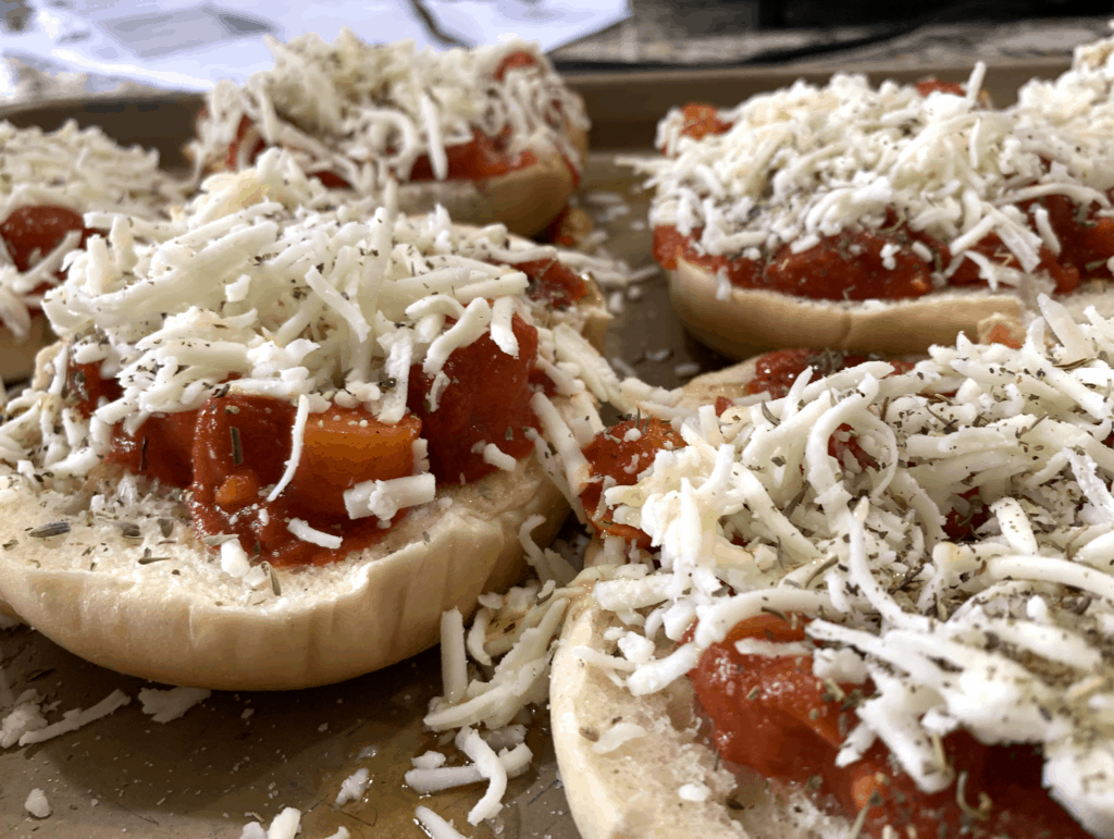 homemade pizza bagel recipe