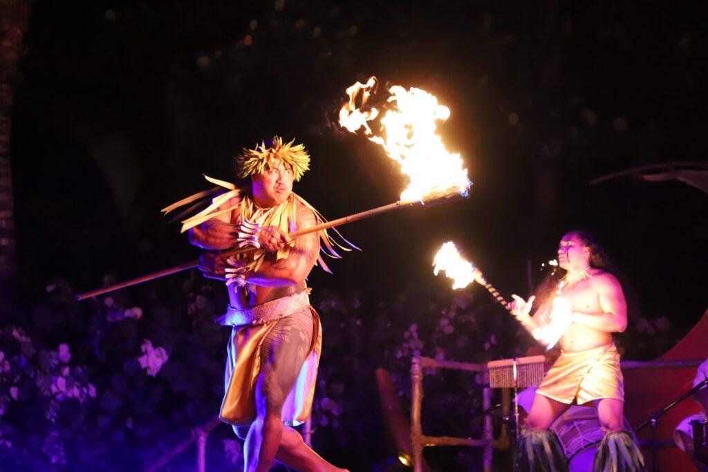aulani luau fire dance