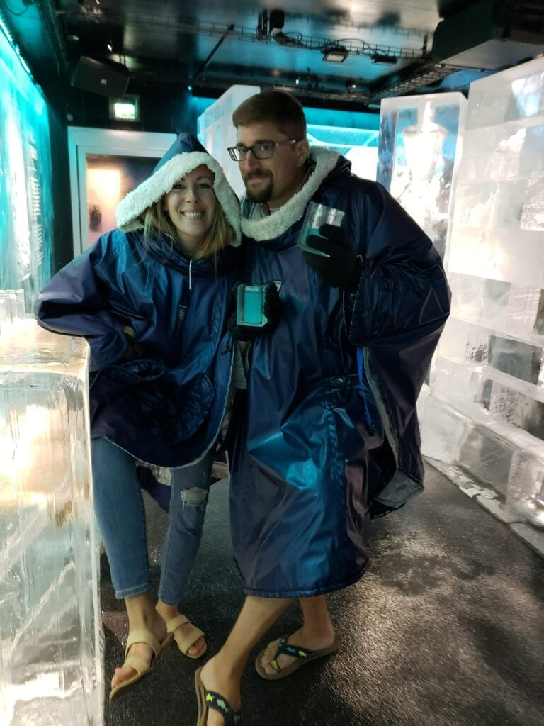 flipflops at icebar