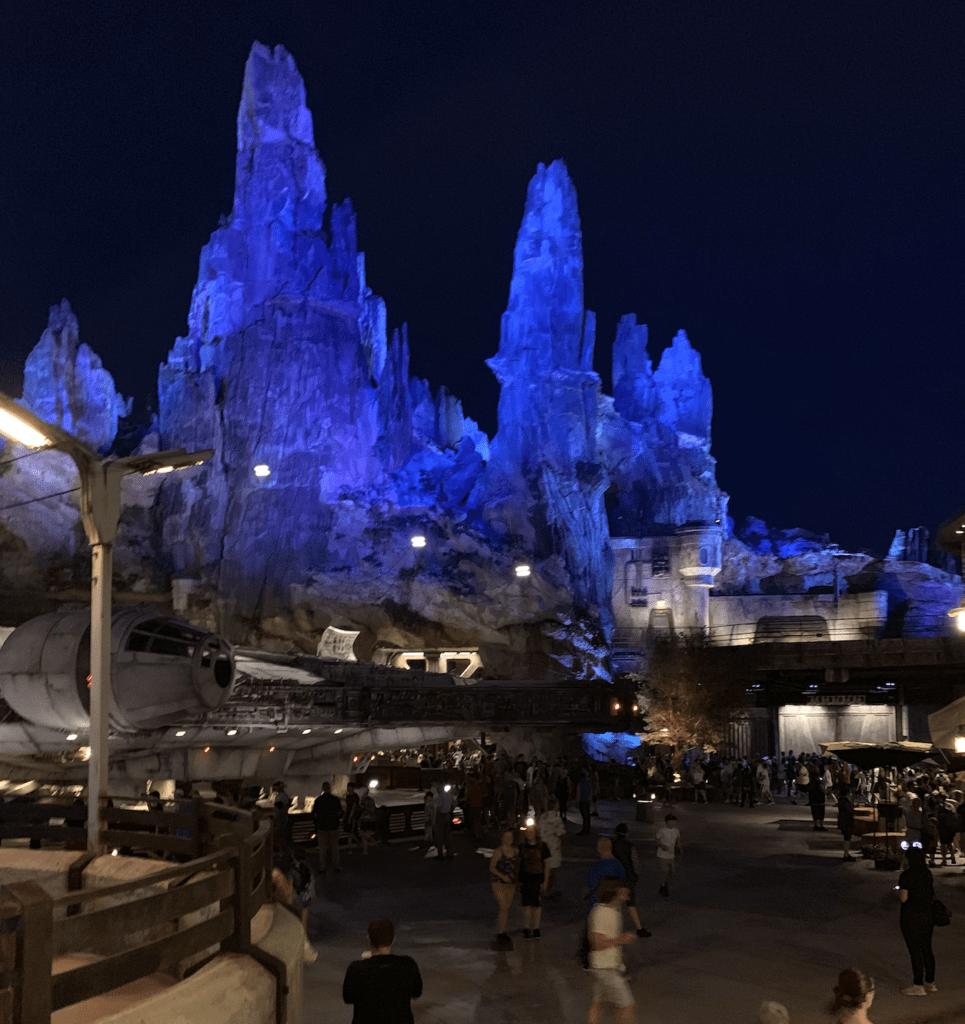 nighttime at Galaxy's Edge