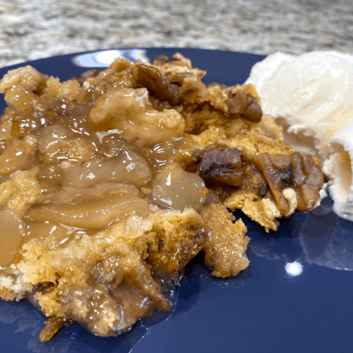 Crockpot Apple Cobbler Recipe - Easy Dump Cake
