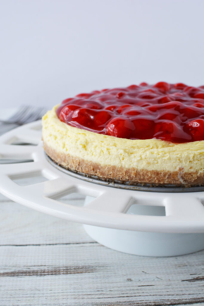 pie top filling on a cheesecake