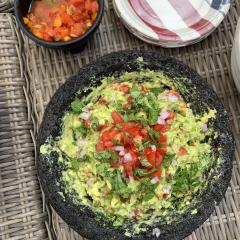 how to make keto guacamole