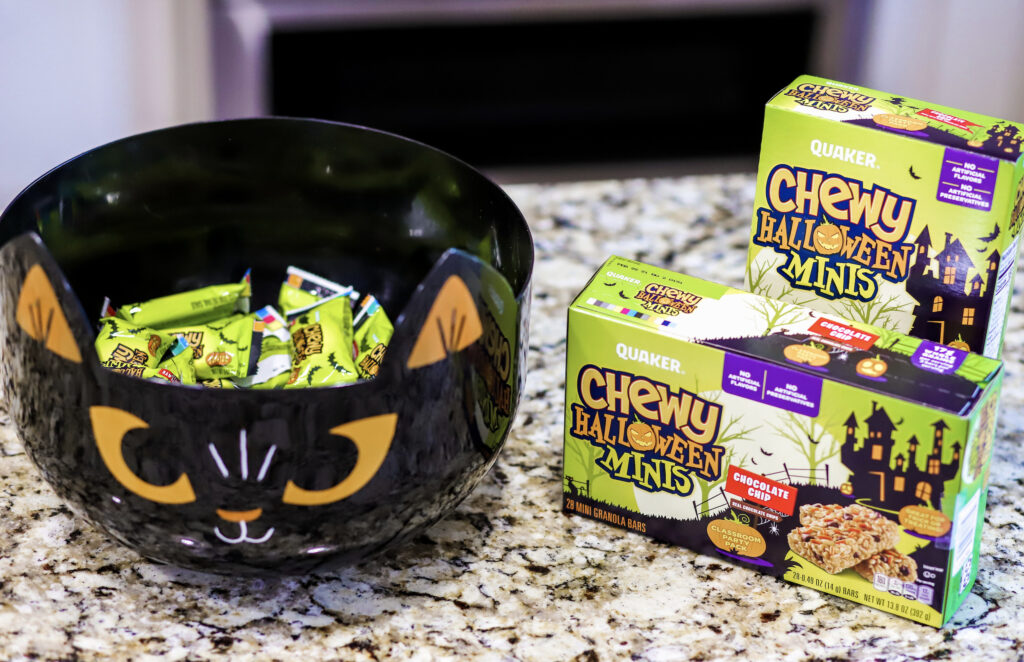 chewy halloween minis