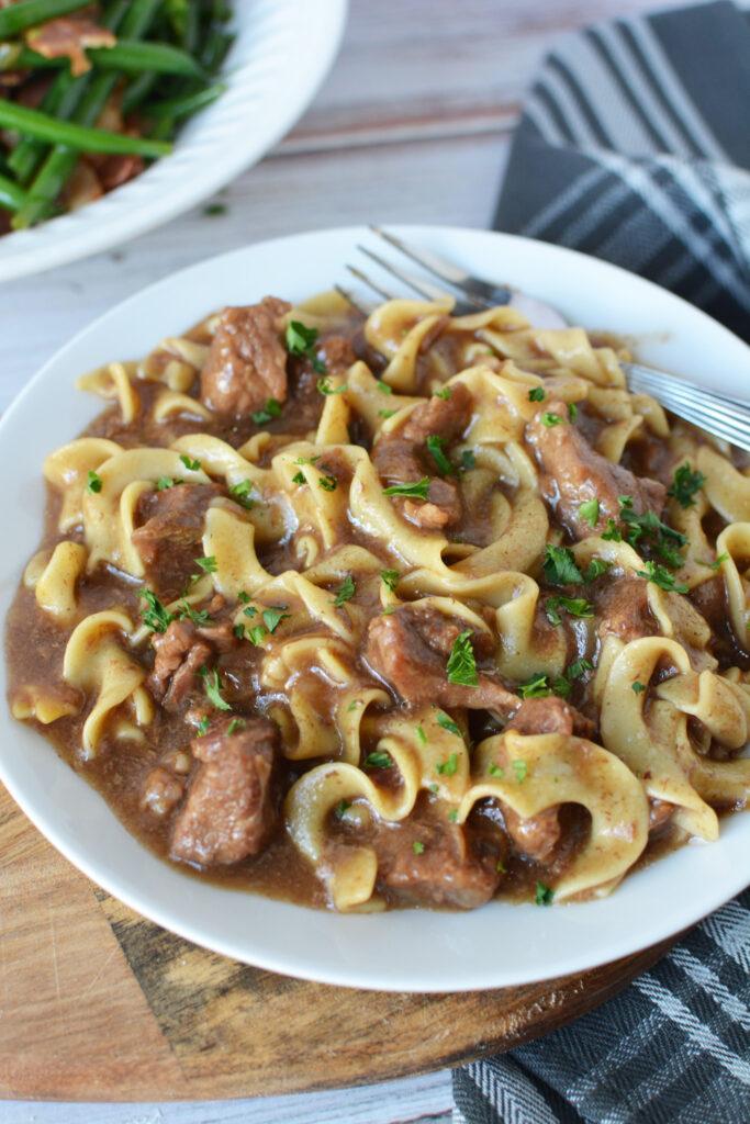 crock pot Beef With Noodles